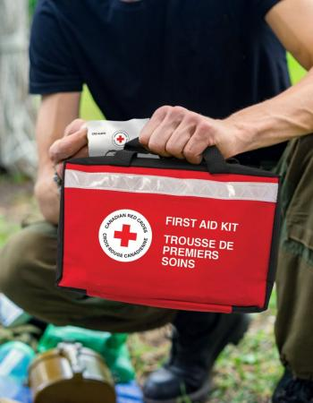 Canadian Red Cross Deluxe Sport First Aid Kit image